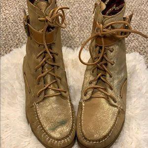 Sperry Gold Topsider Boot sz 10
